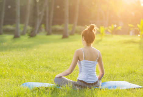 6 Benefits of Outdoor Yoga